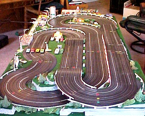 FASCAR 500 - HO Slotcar Track Construction and Electrical on